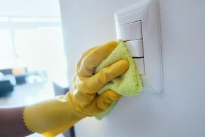 cleaning-power-switches (1)